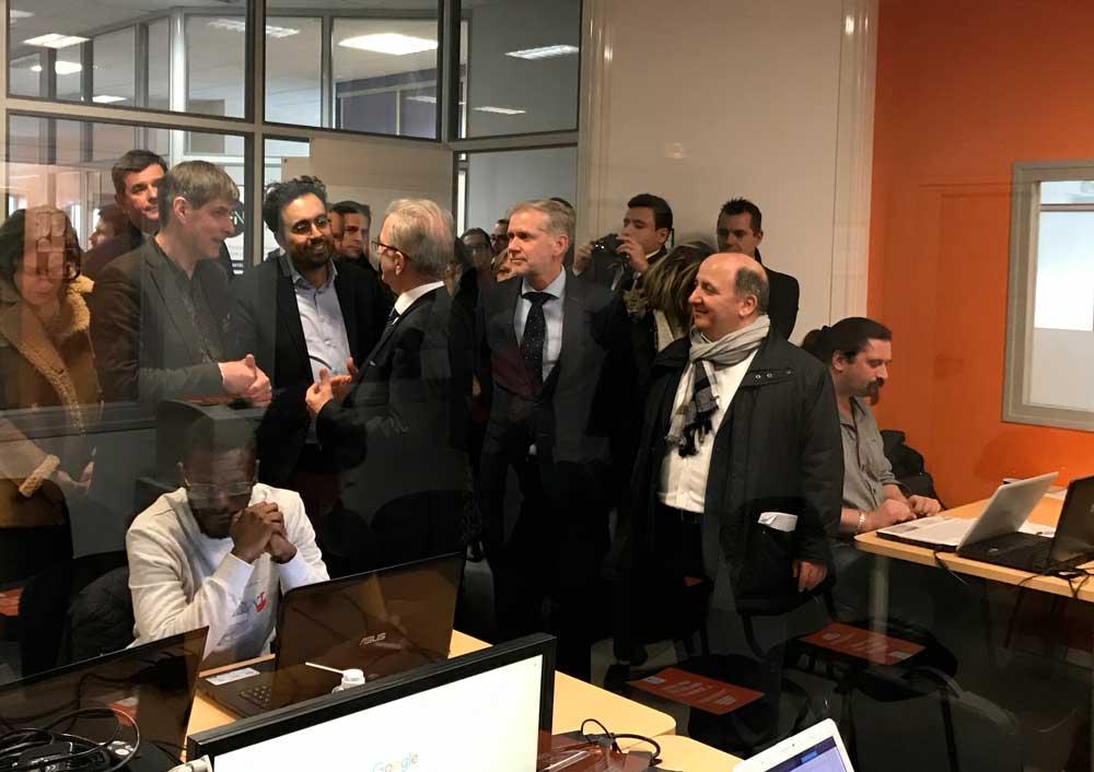 Mounir Mahjoubi techniciens maintenance informatique