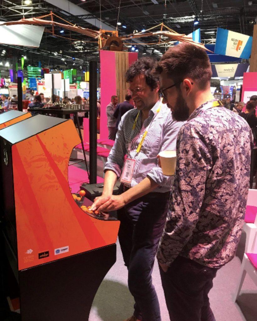 Hitbox Makers et Arkham Studio testent les bornes