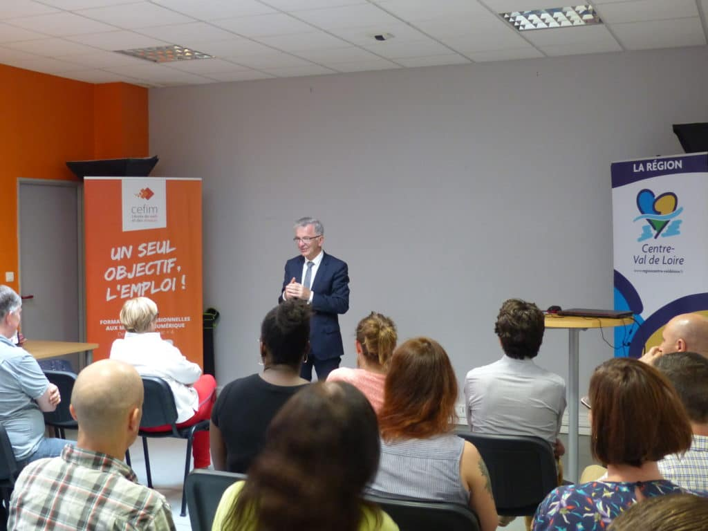 Data Analyst : signature Convention DEFI au CEFIM